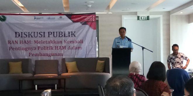"""Diskusi publik """"RANHAM: Menempatkan Kembali Pentingnya Politik HAM dalam Pembangunan"""""""